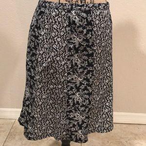 Loft skirt black and white